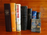 german-bibles-on-shelf-104791_1280